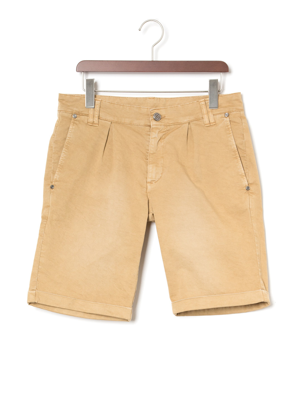 【60%OFF】ウォッシュ加工 タック ハーフパンツ オーカー 48 ファッション > メンズウエア~~パンツ