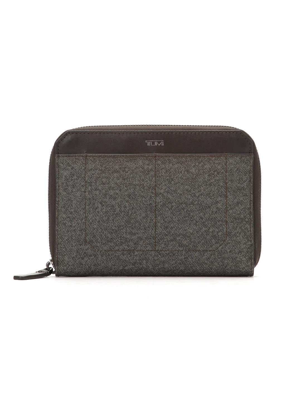 【40%OFF】Camden UNISEX レザー マルチプルパスポートケース アールグレー ファッション > 財布~~メンズ財布