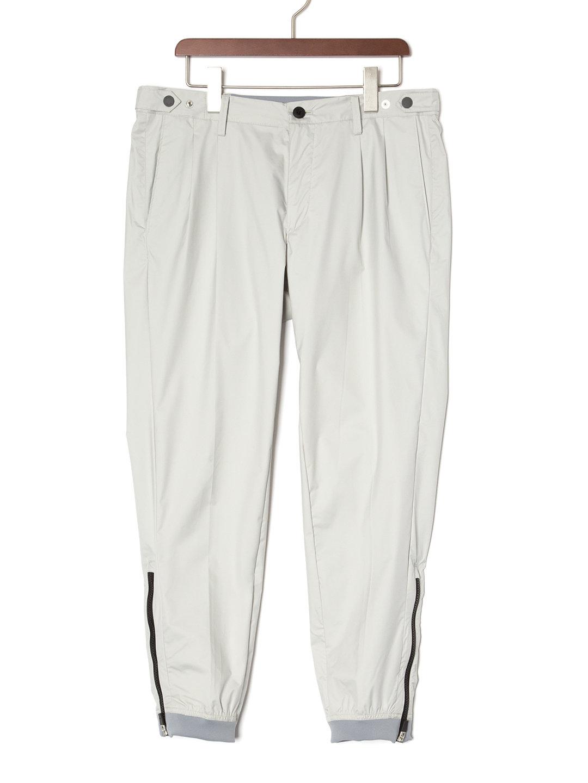 【70%OFF】テックナイロン 裾ジップ テーパードパンツ グレー 46 ファッション > メンズウエア~~パンツ